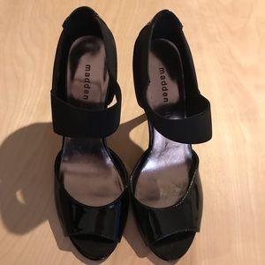 Black 8 1/2 Steve Madden heels